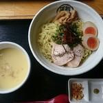 71579107 - 冷製鶏白湯つけ麺(815円)