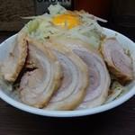71580012 - 汁なし80円+小ぶた790円(野菜マシマシ、ニンニクヌキ)