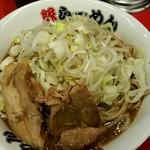 豚らーめん  - 豚ラーメン720円!ネギトッピング!無料!