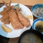 かんころ亭 - マグロフライ アジフライ定食 800円