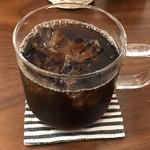コーヒー・エヌ・クッキー - ドリップコーヒー(アイス)380円(税込)