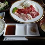 グリエ タニグチ - 料理写真:焼肉ランチ(ムーン)