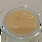 スカイレストラン スリジェ - 白桃の冷製クリームスープ