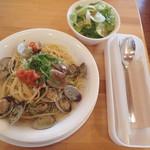 カフェ ネル - アサリと明太子のスパゲッティ