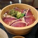 魚市場 いちわ - カツオ桶盛り丼