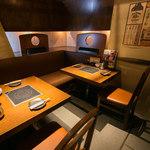 しゃぶ八 なべ五郎 - 【デート向きの席】テーブル席 2~6名様