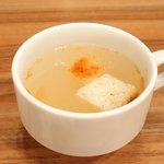 ジャクソンステーキ&グリル - ジャクソンステーキ(150g) 1382円 の塩麹のスープ