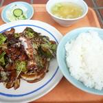 たけいし - 回鍋肉定食650円