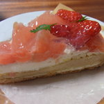 ア・ラ・カンパーニュ - フルーツのケーキ