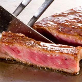 厳撰された日本一の宮崎牛を是非、ご賞味下さい