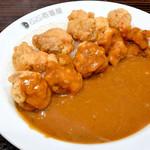 CoCo壱番屋 - 料理写真:フライドチキンカレー+フライドチキン