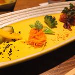焼肉 うしみつ - 季節野菜の前菜盛り合わせ