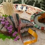 魚貝三昧 げん屋 - 今年初のサンマ刺、最高です!