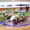 くろぎ - 料理写真:琵琶湖の活鮎 炭火焼