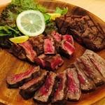 お肉バル UNI - お肉3種盛り¥4590