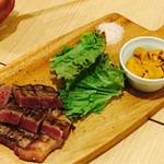 お肉バル UNI - 牛にUNI添え¥1690