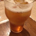 ナスシオバルウニコ - ティフィン(紅茶リキュール)のジンジャーエール割り600円