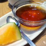 ソッシュ・ザ・マーケットバール - 「紅茶のゼリー」と「スイカ」
