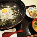 千姫茶屋 - しらす丼セット