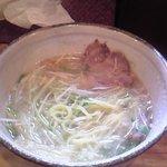 ラーメン寅蔵 - 塩らーめん(ちょっと食べてしまいました、すいません)