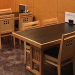 百承蕎麦 大和 - テーブル席
