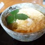 お蕎麦 結 - 料理写真:玉子とじ蕎麦(温)