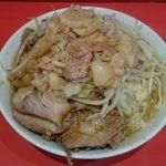 ラーメン二郎 - 料理写真:ラーメン小、豚増し