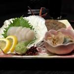 北海道応援隊 きたいち酒場 - 北海道猿払産活ほたて5年貝の造り
