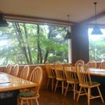 農場レストラン - 内観