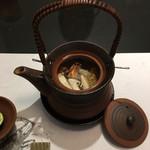 和匠よし乃 - 贅沢土瓶蒸し 松茸、鱧炙り、赤海胆