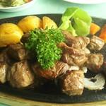 レストランやまびこ - サイコロステーキ