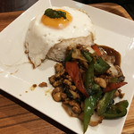 Thai Food Lounge DEE  - ガパオライス☆彡