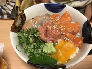 沼津海いち - 三色丼 ねぎとろ サーモン カンパチ