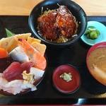71645387 - 海鮮丼とミニソースカツ丼のセット