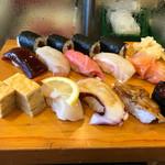角喜鮨 - 料理写真:小鉢2つ付きです