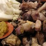 マルタケ鶏店 - モモ焼き