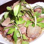 ル・ニ・ド・ファコン - フランス産バルバリー種のフィレ・ド・カナールと野菜の蒸し焼き