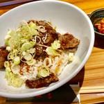 やみつき - サーロインステーキ丼 1000円+肉増し300円
