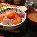 71650588 - 海鮮丼  1500円
