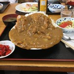 キッチンいさつ  - カツカレー大盛