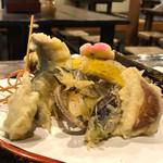 飛弾そば 小舟 - 鮎の天ぷらと野菜の天ぷら