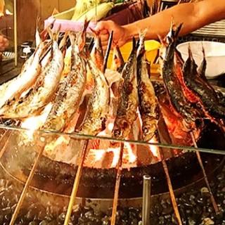 炭火焼専門店の焼き魚