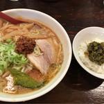 六本木らーめん 東京食品 まる彦 - みさ先輩セット 900円