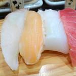 立喰い寿司 魚がし日本一 - 料理写真: