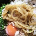 湘南タンメン - 麺は太麺 かなり硬めです