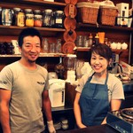ログ - 和食の職人とパティシエの夫婦で経営。笑顔でお出迎えします。