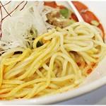 らーめん子うさぎ - コシ、風味、冷えっぷり、全てにおいてバツグンの麺。