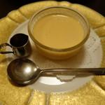 サントラントヌフ - 濃密タマゴのプリン