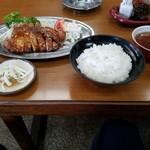 有賀ドライブイン - 料理写真:ポークソテー定食1000円