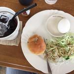 樹樹 - 料理写真:アイスコーヒー+モーニング